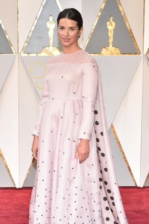 HOLLYWOOD, CA - FEBRUARY 26: Actor Amelia Warner attends the 89th Annual Academy Awards at Hollywood & Highland Center on February 26, 2017 in Hollywood, California. (Photo by Kevin Mazur/Getty Images)